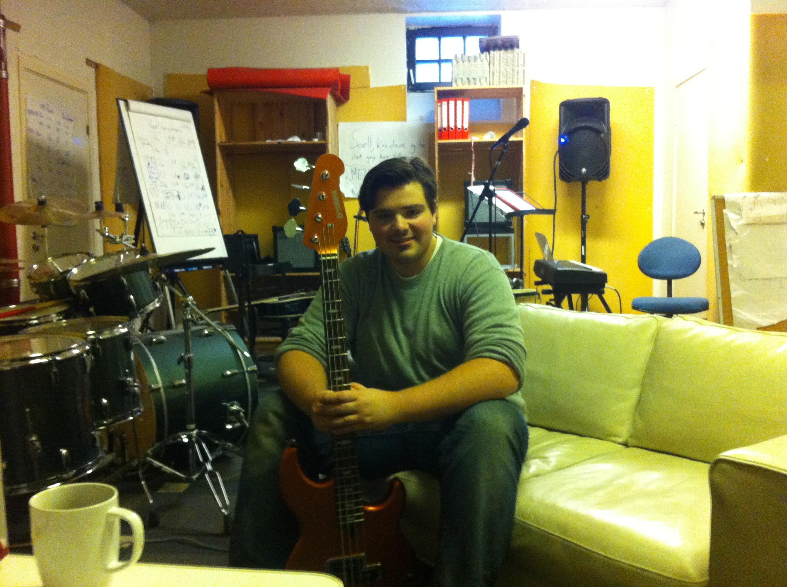 Kristiansen i musikkrommet