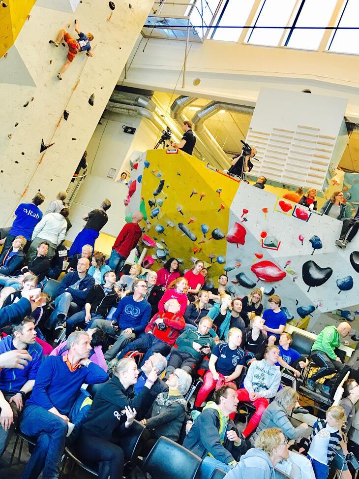 Publikum på klatrestevne