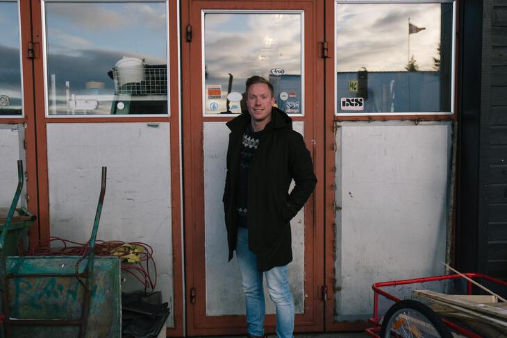 Tyrilistiftelsens påtroppende leder, Anders Dalsaune Jansen, på Tyrilitunet øst for Lillehammer.