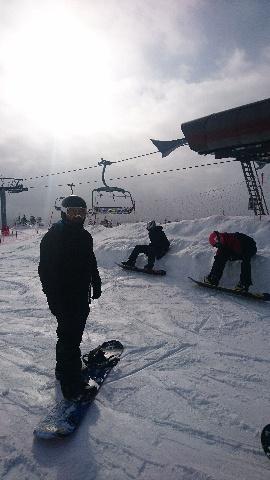 Snowboardkjørere under Tyrilis brettleir 2018, Sjusjøen skisenter