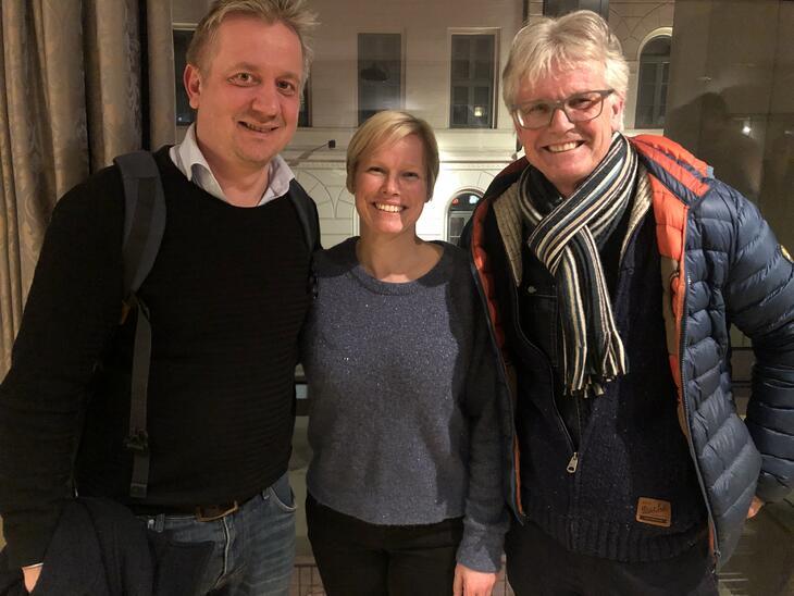 """Marius Eide Wrengbro, Sigrun Dalsaune Jansen og Gunnar Engen fra Tyrilistiftelsen. Sigrun og Gunnar er med i """"For harde livet""""."""